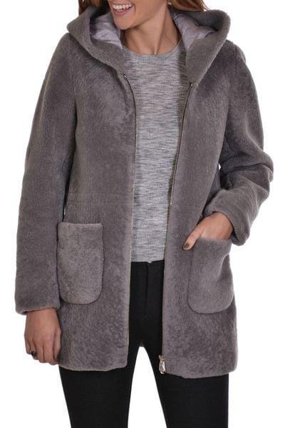 Manteau à capuche en mouton SERGE PARIENTE              title=