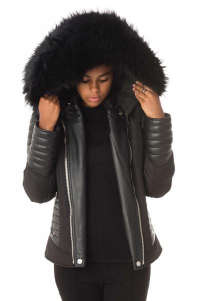 schwarze Damen-Daunenjacke Horspist mit schwarzem Kragen