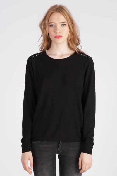 Pull noir col rond