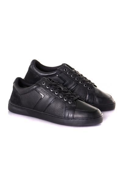 Baskets en cuir noir uni              title=