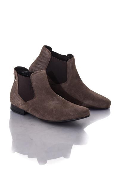 Boots chelsea femme en cuir suédé taupe              title=