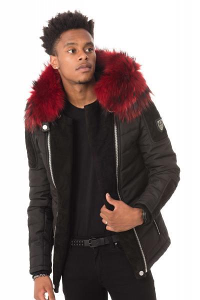 schwarze Jacke mit wunderschönem roten Kragen