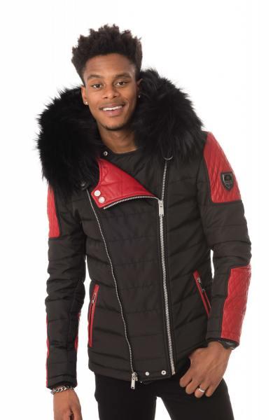 zweifarbige, schwarz-rote Jacke mit schwarzem Kragen