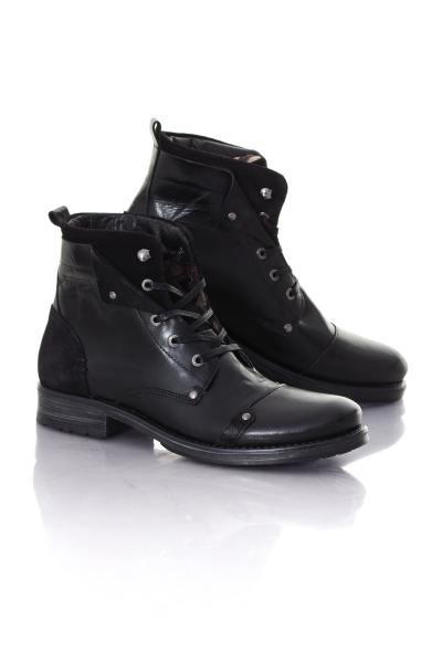 schwarze Lederboots