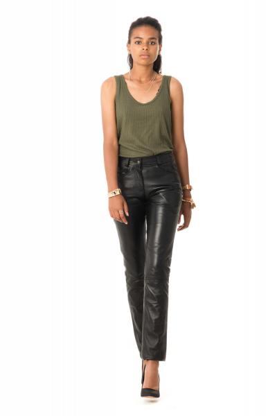 Port du jeans pour les femmes