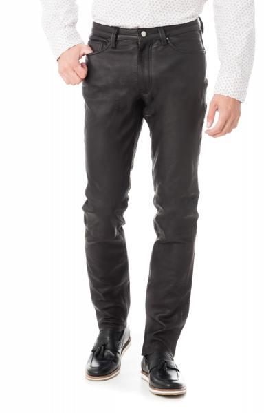 Herrenhose aus schwarzem Leder