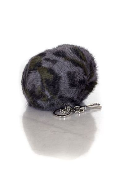 Porte-clef oakwood en fourrure de lapin bicolore              title=