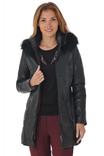 Manteau femme en cuir d'agneau noir              title=