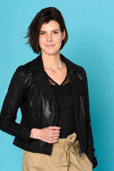 Perfecto femme en cuir noir avec effet matelassé              title=