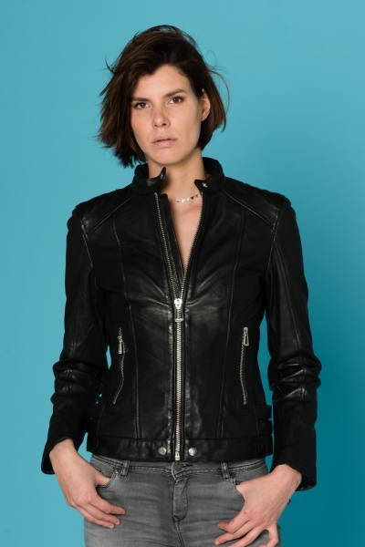 Damen Lederjacke mit Motorradkragen aus schwarzen Rindsleder              title=