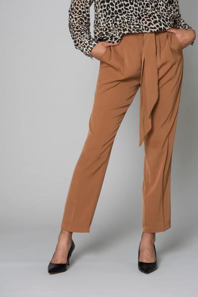 Pantalon 7/8 avec revers              title=
