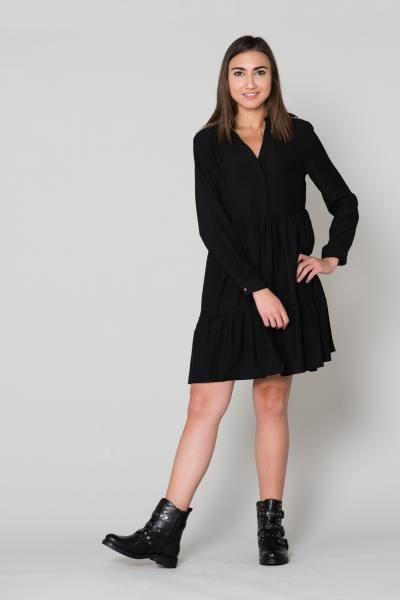 Robe noire en polyester              title=
