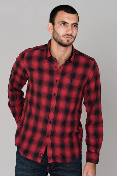 Chemise rouge à carreaux              title=