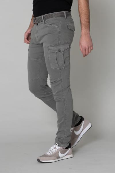 Pantalon battle gris coupe slim               title=