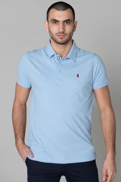 Hellblaues Polohemd für Männer