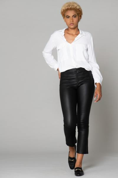 Pantalon stretch en cuir véritable              title=