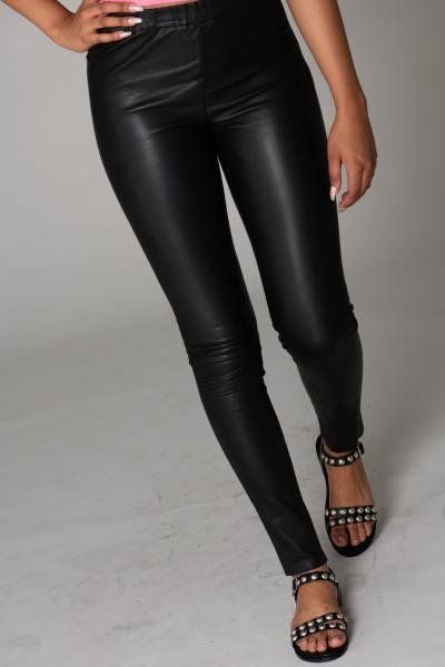 Lederhose Frau schwarz