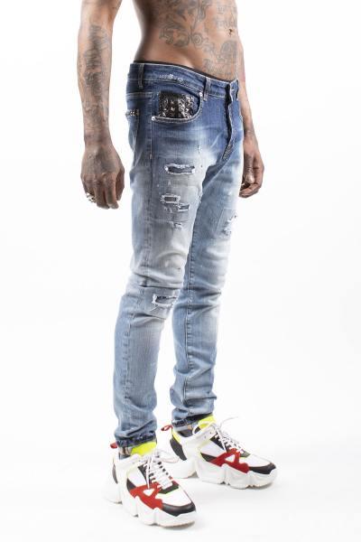 Verblasste Blue Jeans der Männer