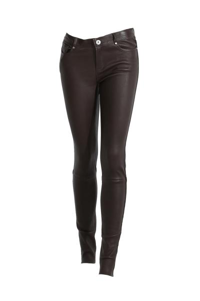 Pantalon en cuir marron type legging               title=