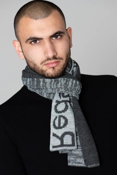 Grauer Schal für Männer              title=