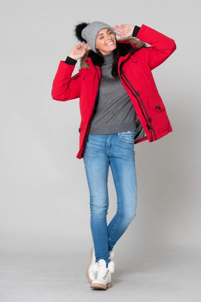 Roter Winter-Parka