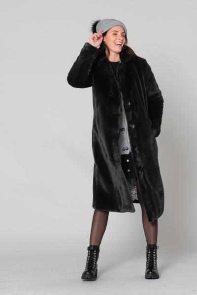Long manteau en fausse fourrure