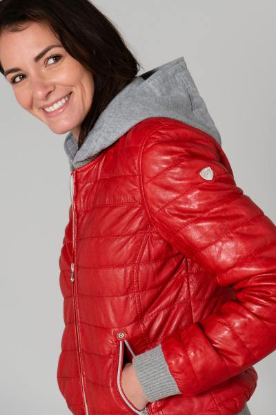 Fine doudoune en cuir rouge avec capuche coton