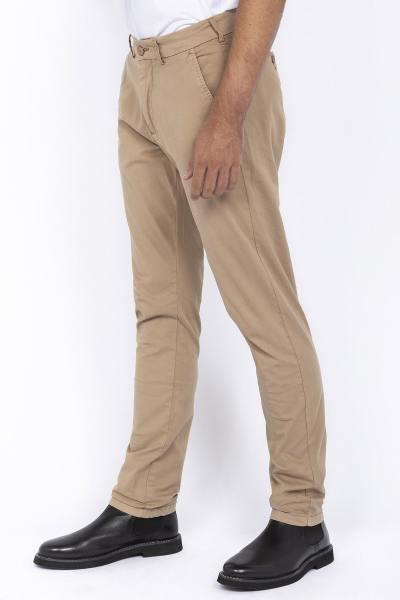 Pantalon chino beige              title=