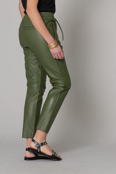 Pantalon femme en cuir vert foncé