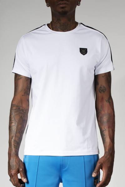 Weißes T-Shirt mit Brustabzeichen