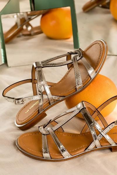 Sandales toutes en cuir argenté effet serpent