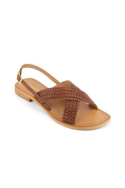 Sandales en cuir avec brides marrons tressées