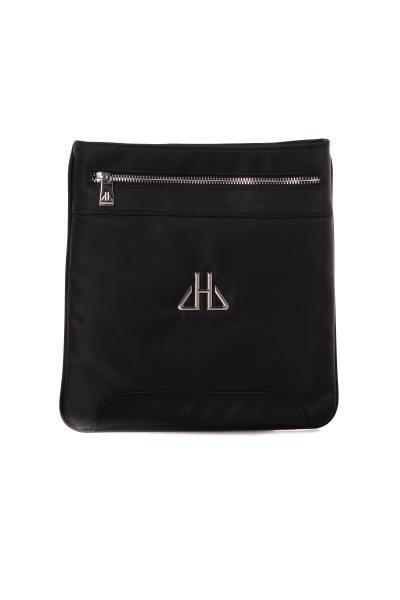 Schwarze Nylontasche