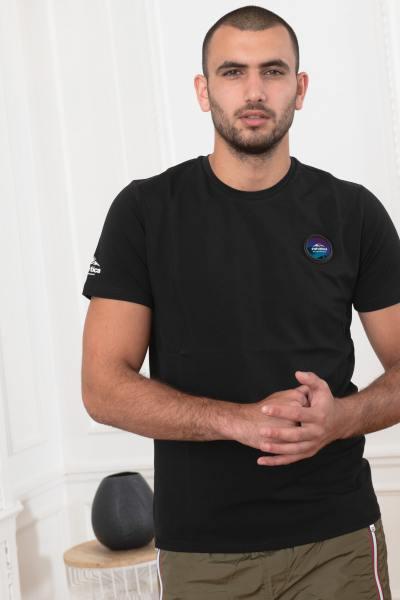 Schwarzes T-shirt Mann