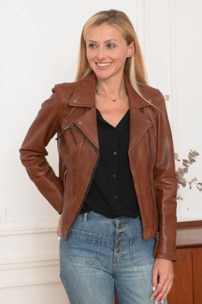 Blouson en cuir style perf marron