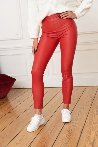 Rote Stretch-Lederleggings