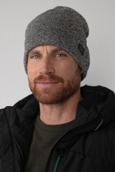 Warme schwarze Mütze