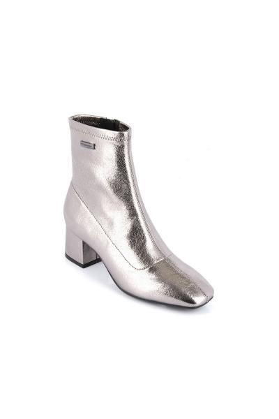 Silberne Stiefel mit Stretch-Absatz