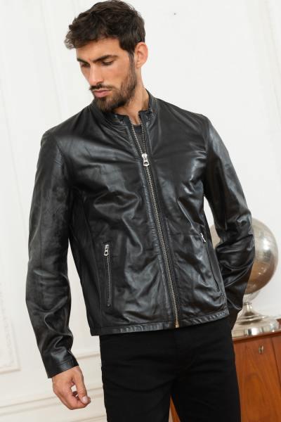 Schwarze Rundhalsjacke aus echtem Leder