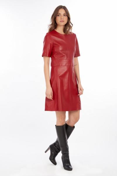 Robe en cuir véritable rouge