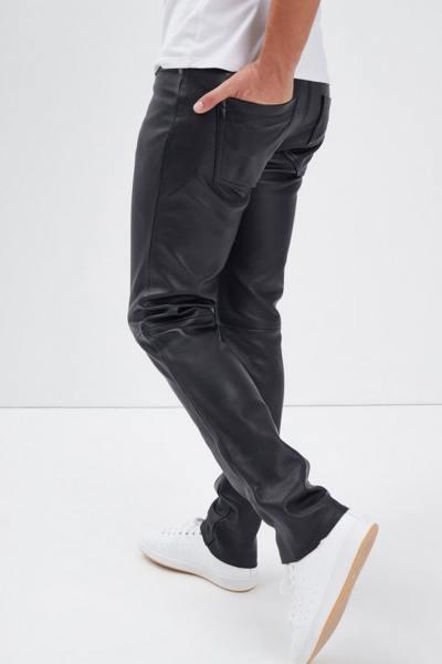 Normale Herrenhose aus dickem und geschmeidigem Ziegenleder