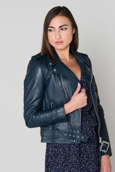 Perfecto Schott Noir en cuir pour Femme              title=