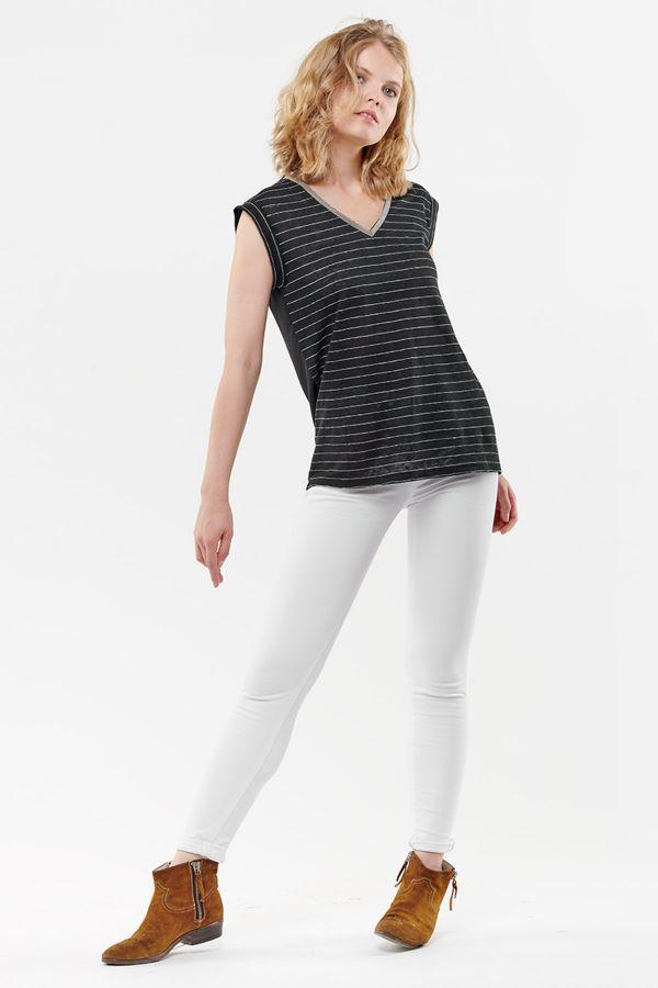 Tee Shirt Femme Le Temps Des Cerises TSHIRT F SERGIA BLACK